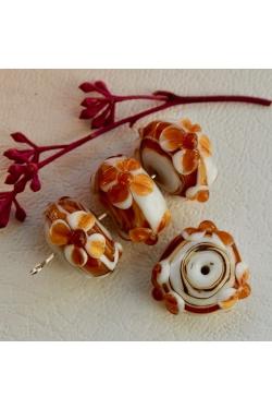 Klaashelmes - Lilleline, karamellikas (21x10mm)